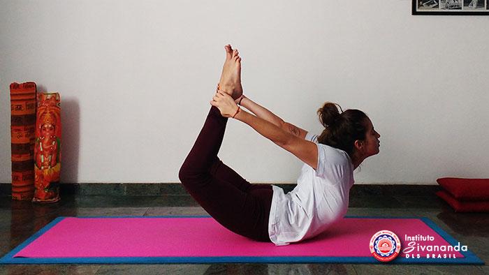 Yoga 12 Posturas Principais 9
