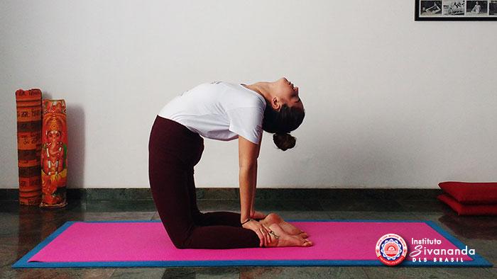 Yoga Posturas Principais-13